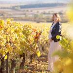 Photographe maternité Sancerre – Séance grossesse dans les vignes.