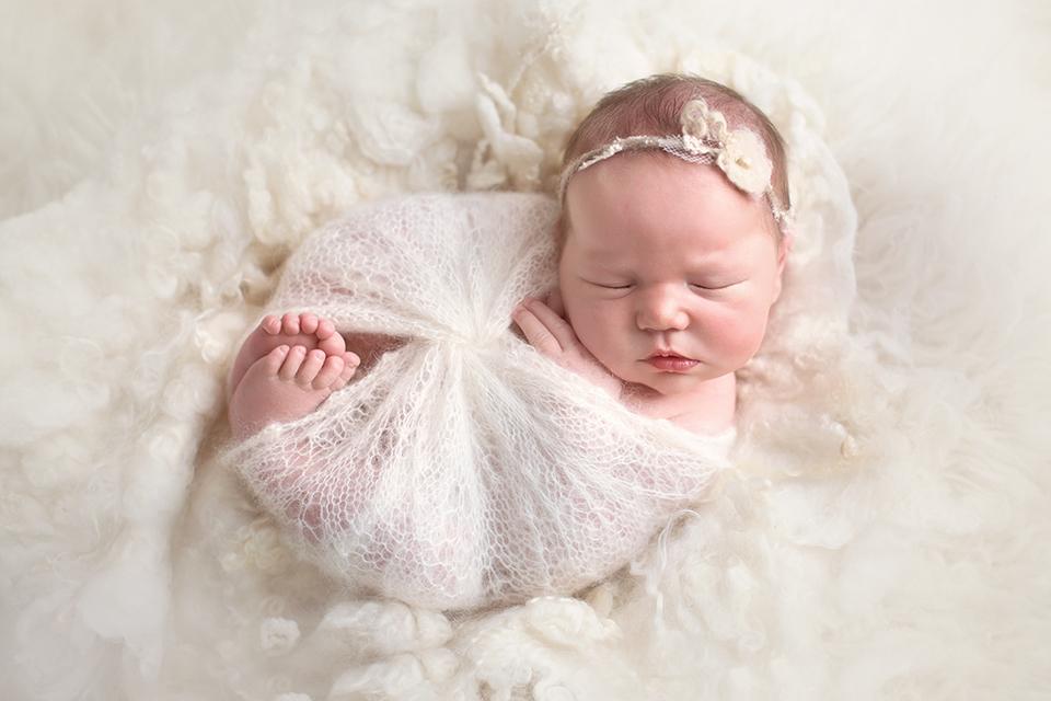 photographe-naissance-tours-bebe-nouveau-ne