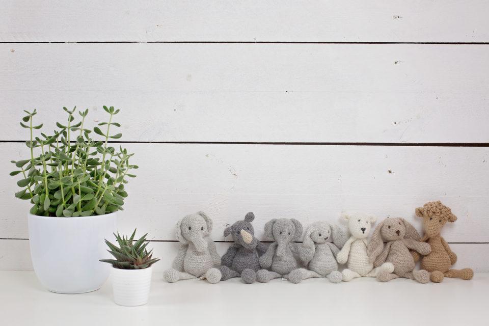 photographe-bebes-seance-sur-mesure-doudou-fait-main-basile-et-capucine copie