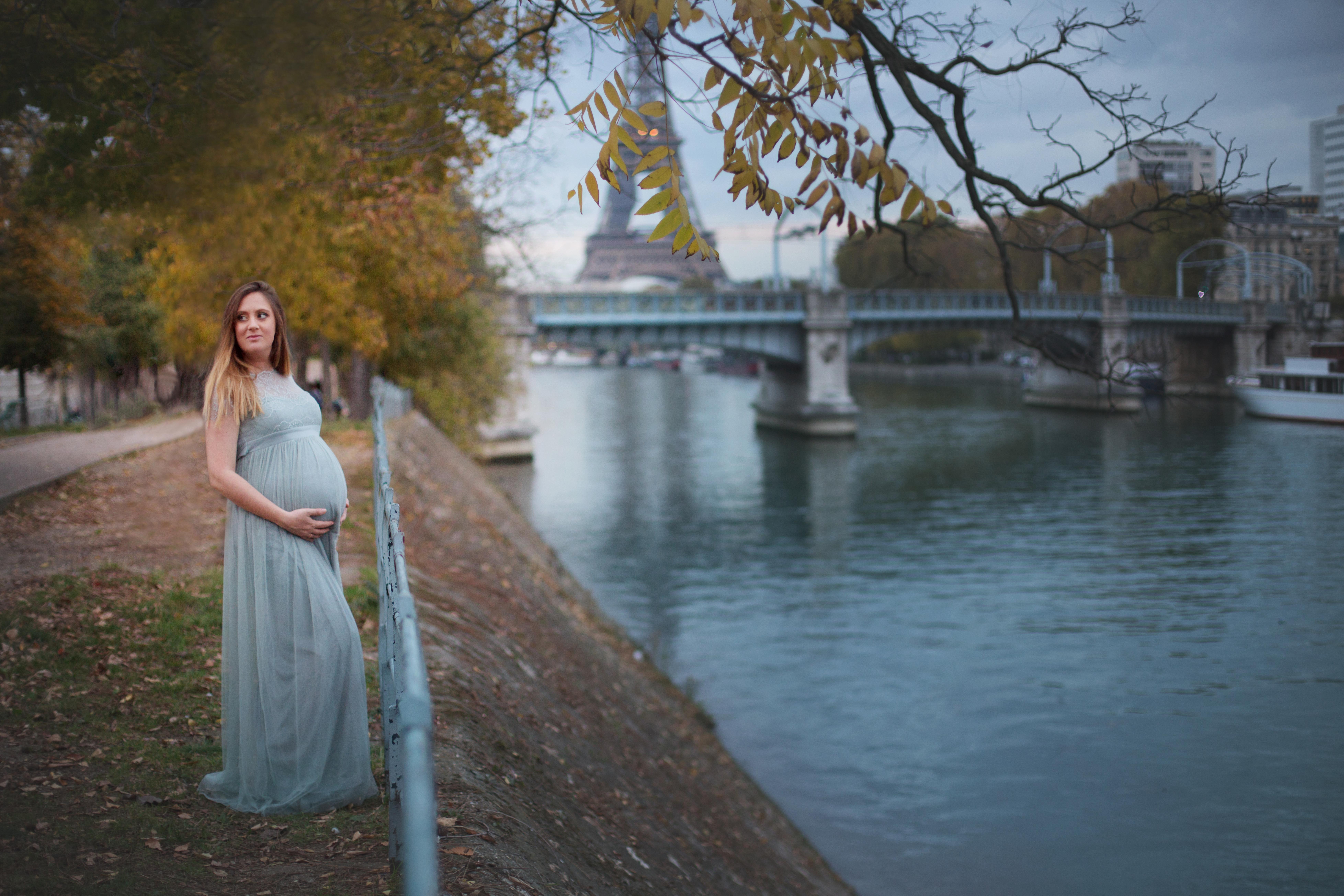 photographe-maternite-grossesse-seance-sur-mesure-personalisee-paris